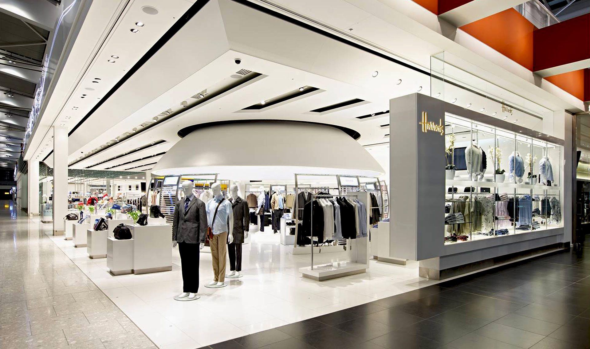 Harrods heathrow t5 london e m tecnica engineering for Retail design companies london